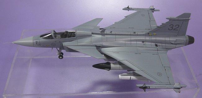 JAS-39A グリペン(1)  JAS-39A Gripen (1/72 TAMIYA/ITA